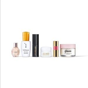 Luxe Beauty Travel Set. New!